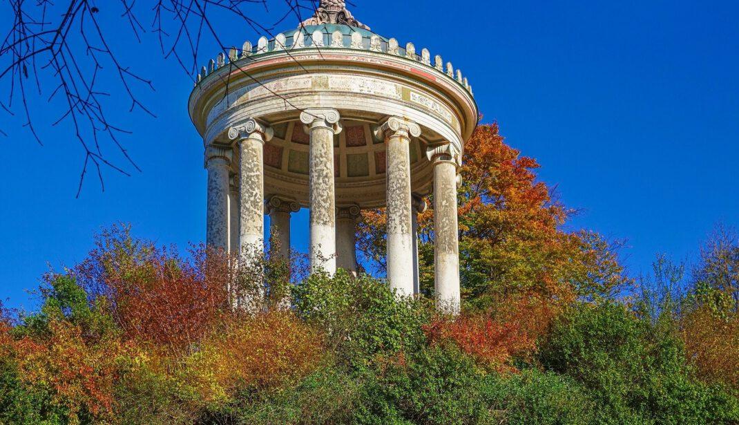 Monopteros Denkmal im Englischen Garten