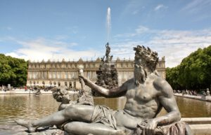 herrenchiemsee with statue and fountain